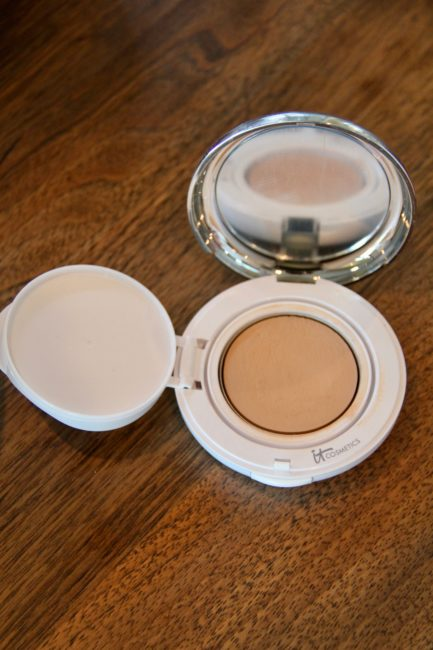 IT Cosmetics Confidence in a Compact is a Game-Changer