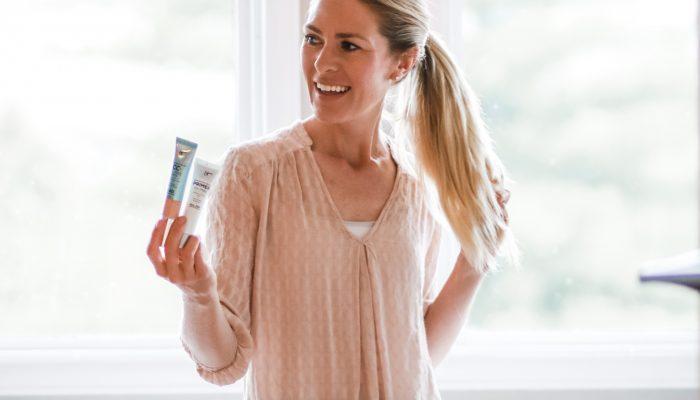 IT Cosmetics Oil Free Primer & Matte CC+ Cream for Long-Wearing, Matte Coverage
